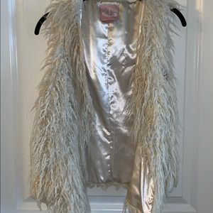 Romeo and Juliet Fur vest